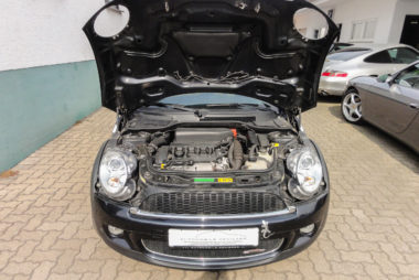 Automobile Genieser, Mini John Cooper Works, Restauration, Motor, Motorraum, Umbau, Ausbau, Spezialisierung, KFZ Reperatur, Bad Dürkheim, Vorderpfalz