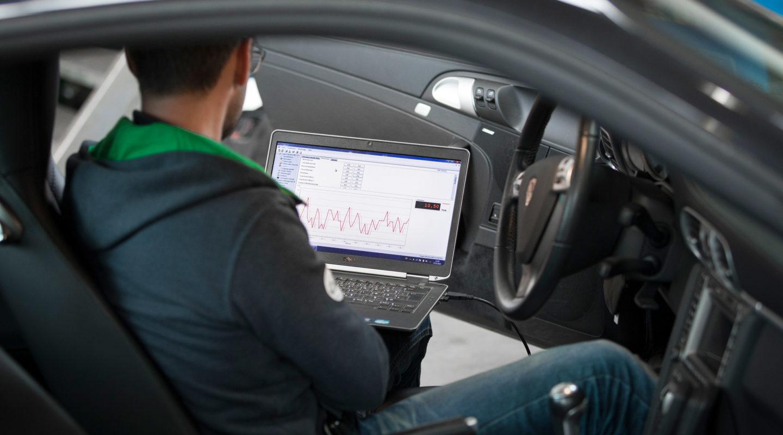 Fahrzeugdiagnose, Automobile Genieser, Restauration, Instandsetzung